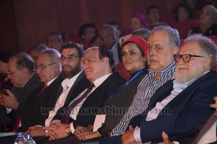 ملتقي القاهرة الدولي الأول للمسرح الجامعي